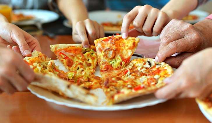 Разобрали всю пиццу