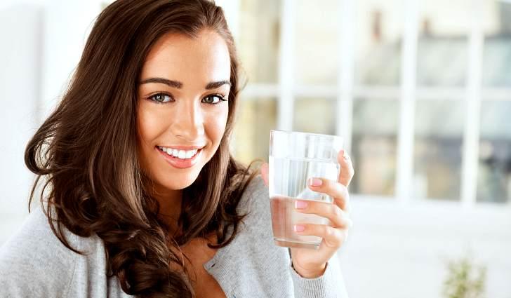 Зачем пить соду натощак по утрам