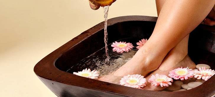 Ноги в домашней ванночке