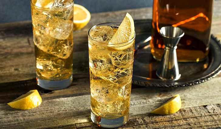 Виски с содовой и лимоном